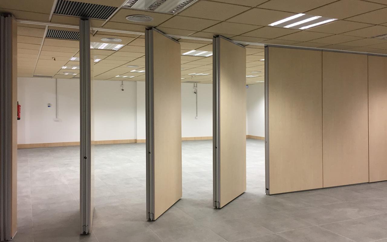 ofislerde toplantı odaları ara bölme duvar sistemleri