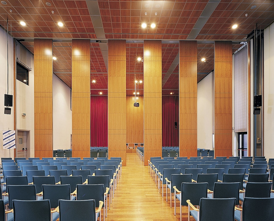konferans salonu hareketli ara bölme duvar sistemleri