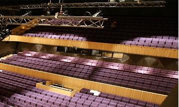 tiyatro-salonu-akustik-ses-yalitim-izolasyon